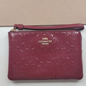 *BRAND NEW* COACH RED SPARKLE Small Wristlet